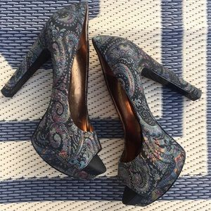 Nine West Velvet Paisley Boho Platform Pumps